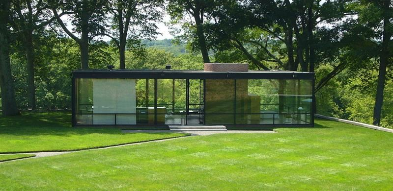 Picture of a glass house